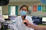 今天,为助力气胸考生完成高考,徐医附院把救护车开进考场...