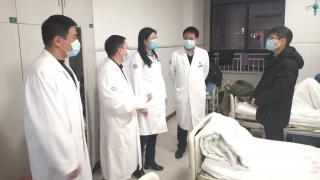 """徐州95后研究生捐髓救人:希望这份生命""""礼物""""给患者带去希望"""