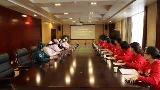 江苏省首届老年护理专科护士培训班在我院顺利开班